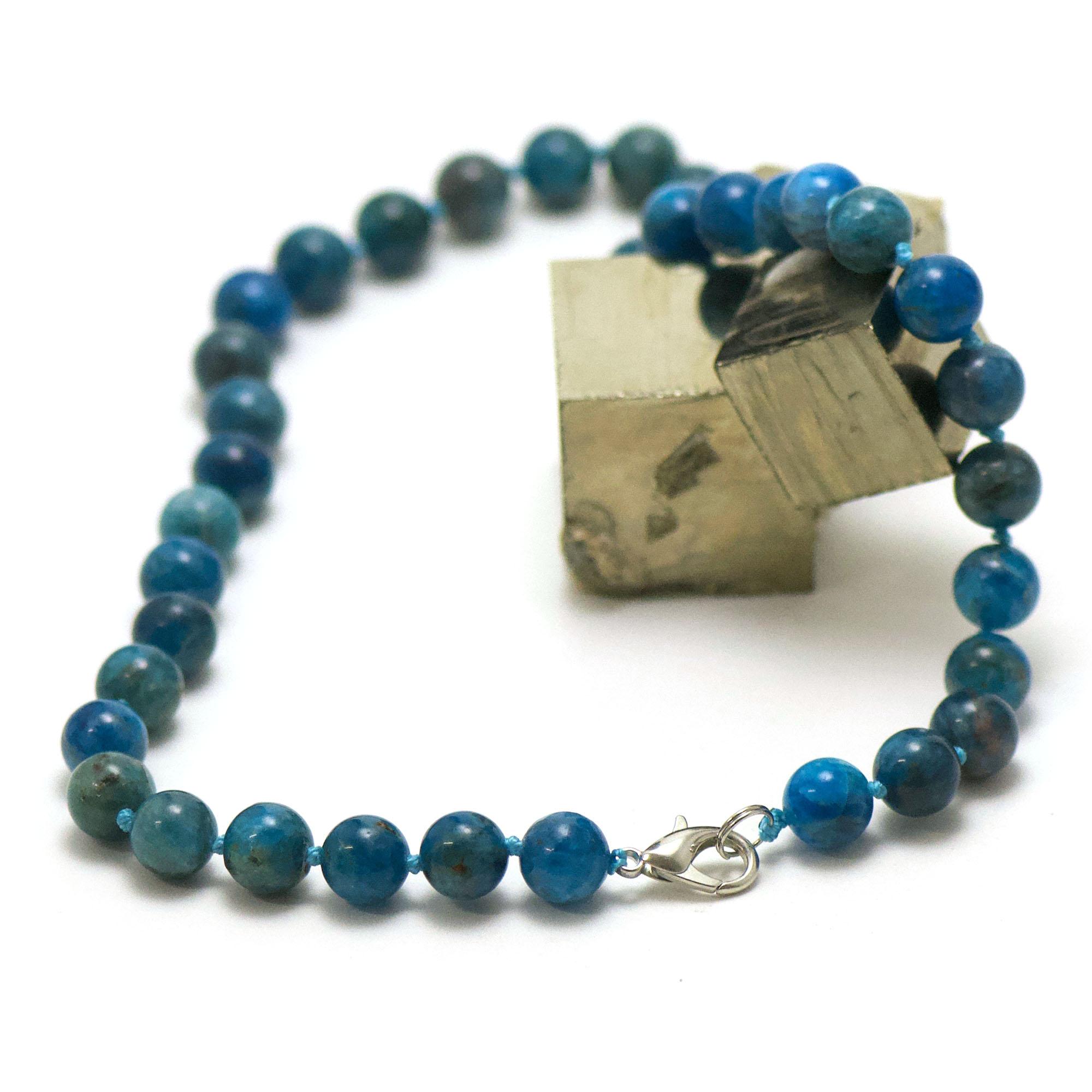 collier en apatite, perle ronde 10 mm