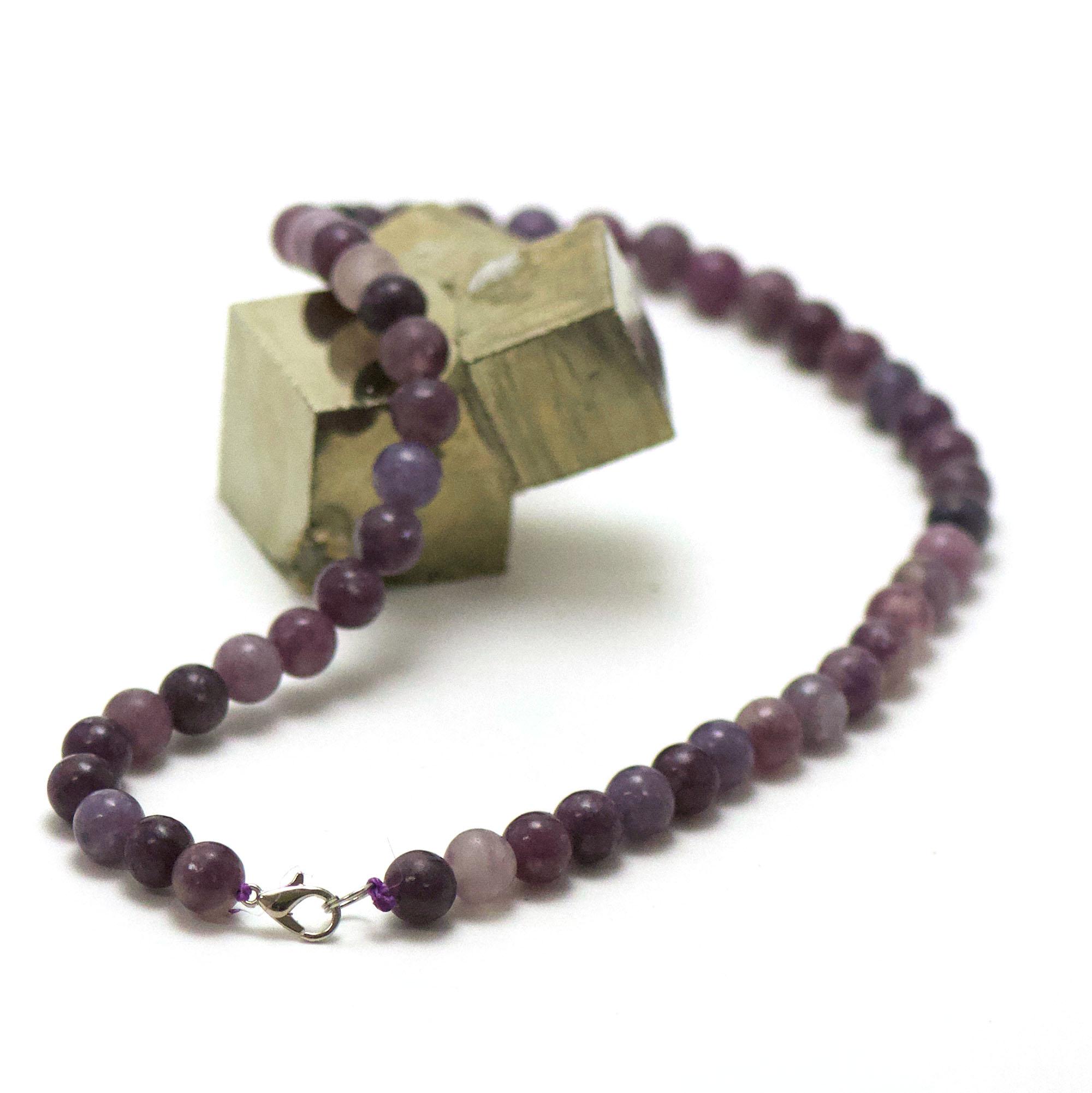 collier en lépidolite, perle ronde 8 mm