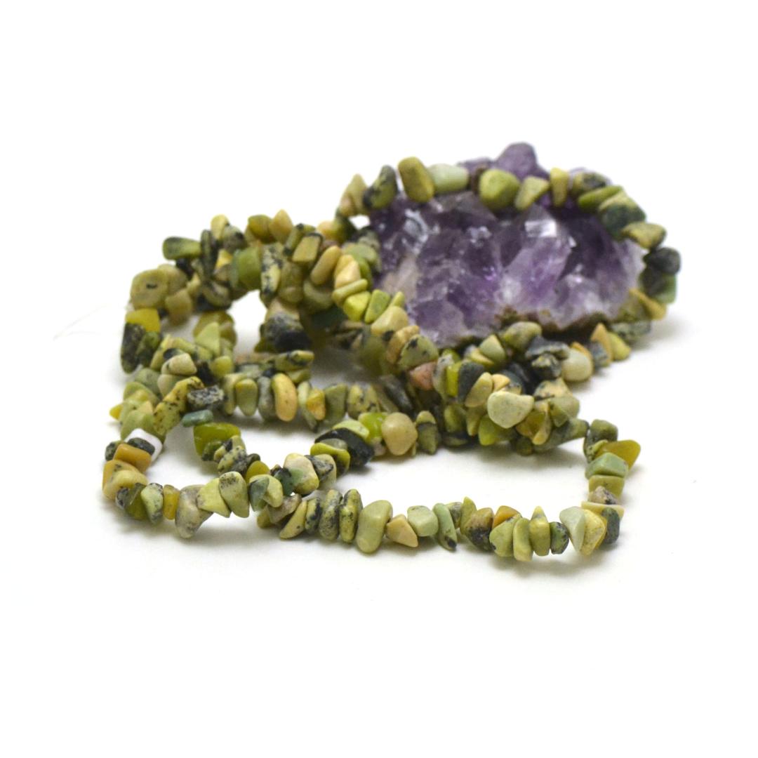 fil 84 cm env 440 perles de chrysoprase chips, pierre naturelle