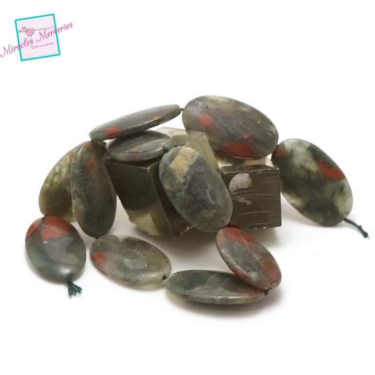 fil de 39 cm 11 magnifiques perles d\'héliotrope ou jaspe sanguin palet oval 37x22x6  mm, pierre naturelle