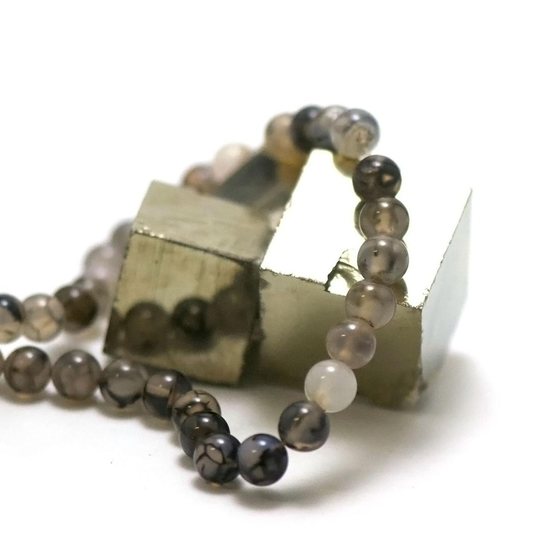 fil 39 cm 49 perles d\'agate gris marbré ronde 8 mm