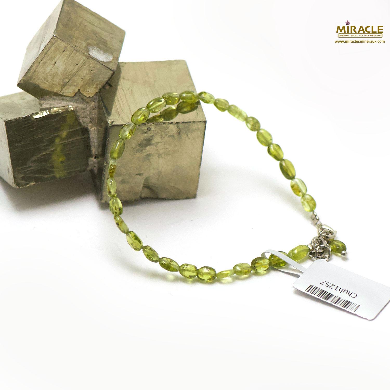 Bracelet péridot, perle mini galet