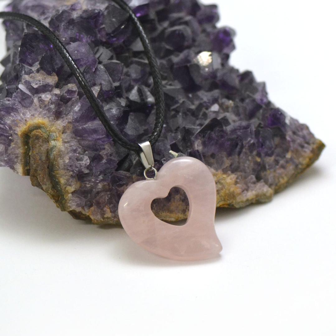 1 pendentif pierre naturelle coeur silhouette 30x30x6 mm, quartz rose