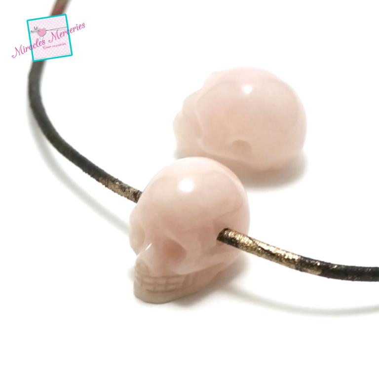 1 pendentif  quartz rose tête de mort 30x25x19 mm ,pierre naturelle