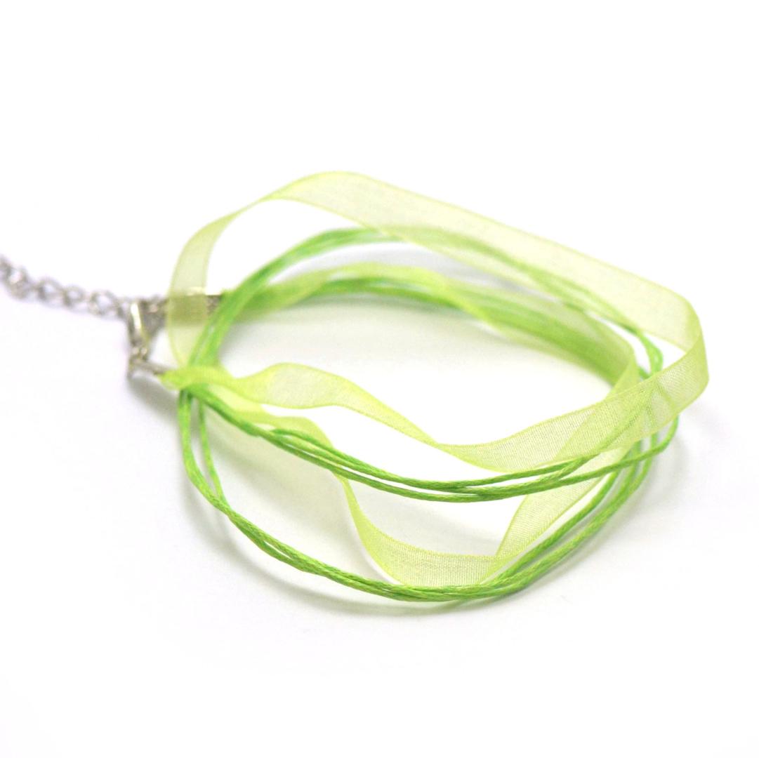 4 tours de cou en organza et coton 6 mm, vert anis