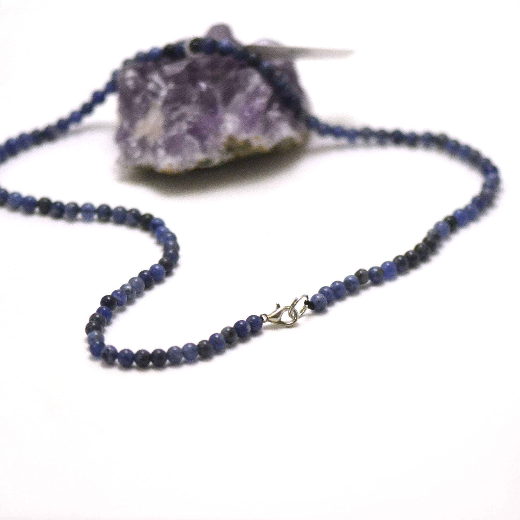 collier sodalite perle ronde 4 mm