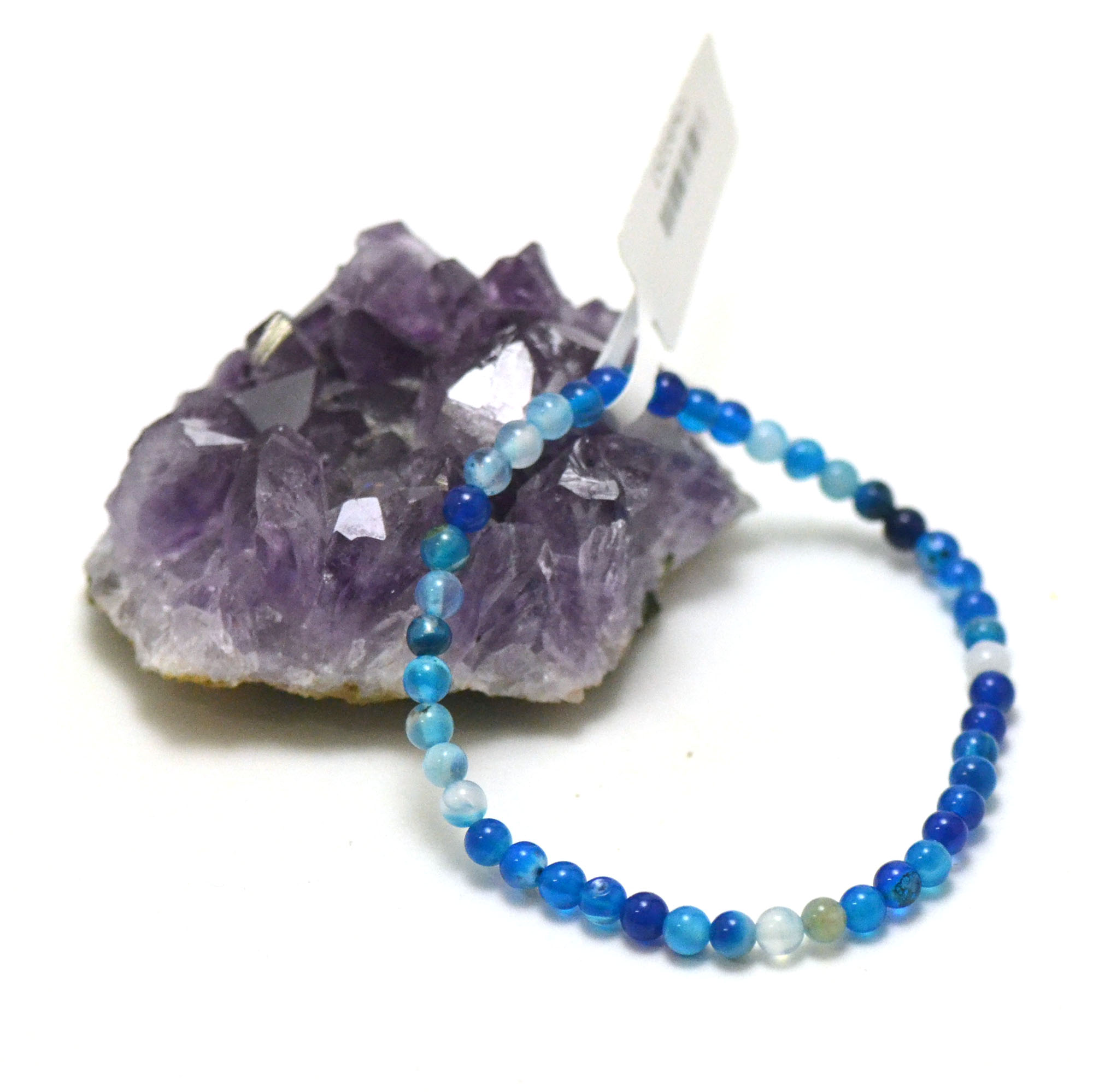 Bracelet agate teinté bleu, perle ronde 4 mm