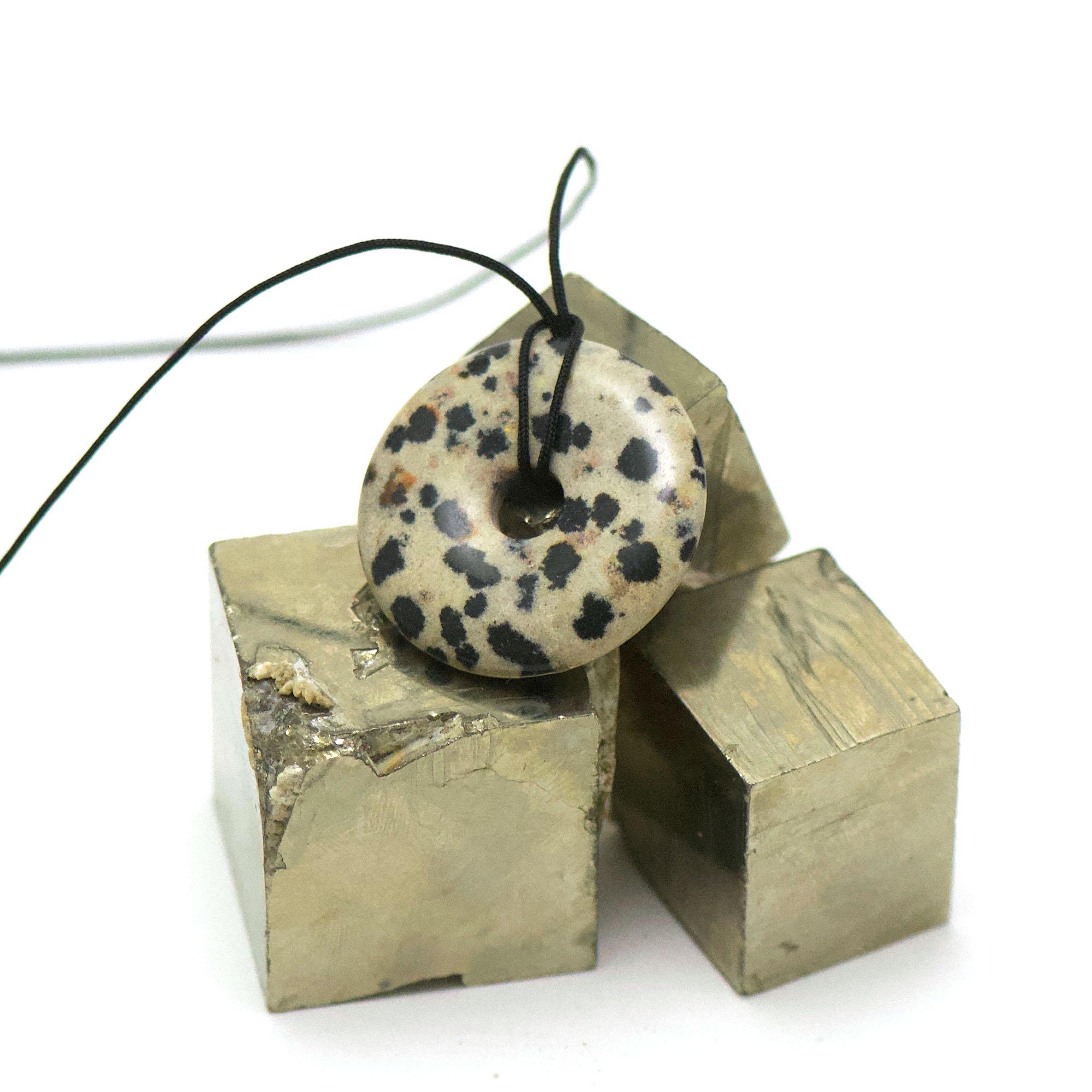 1 pendentif jaspe dalmatien donuts 30 mm, pierre naturelle