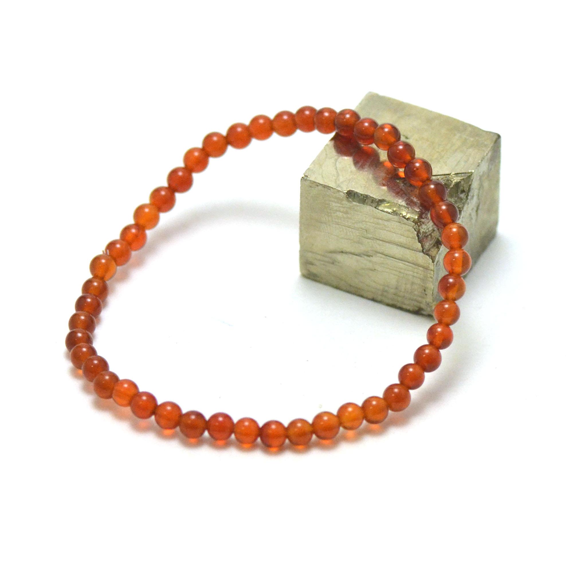 bracelet cornaline , perle ronde 4 mm