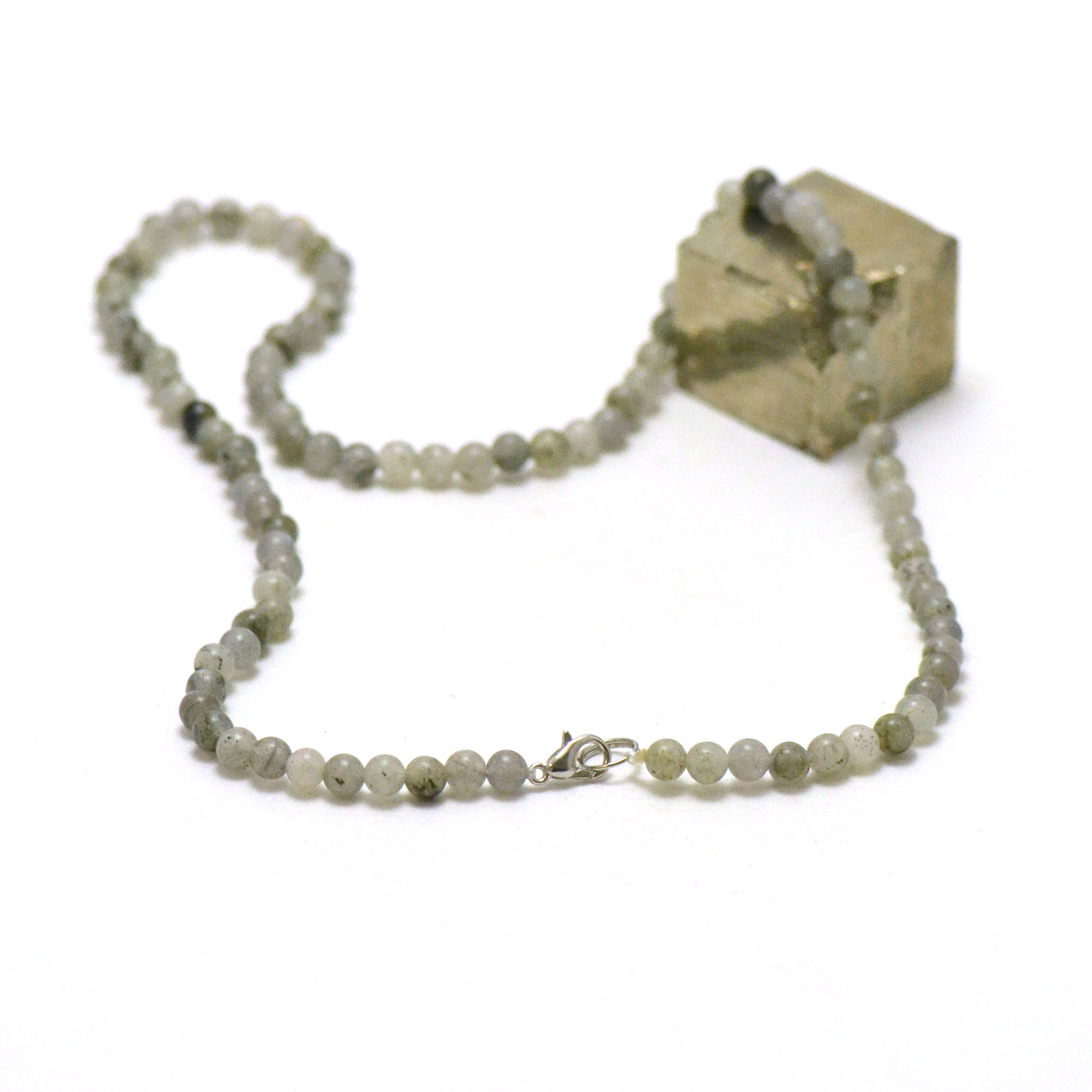 collier labradorite, perle ronde 4 mm AB