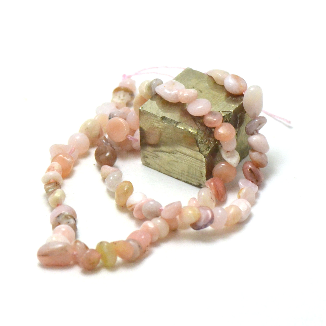 fil de 39 cm d\'opale rose pierre roulée, pierre naturelle