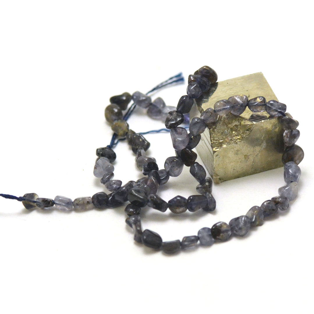fil de 39 cm de iolite(cordiérite) pierre roulée, pierre naturelle