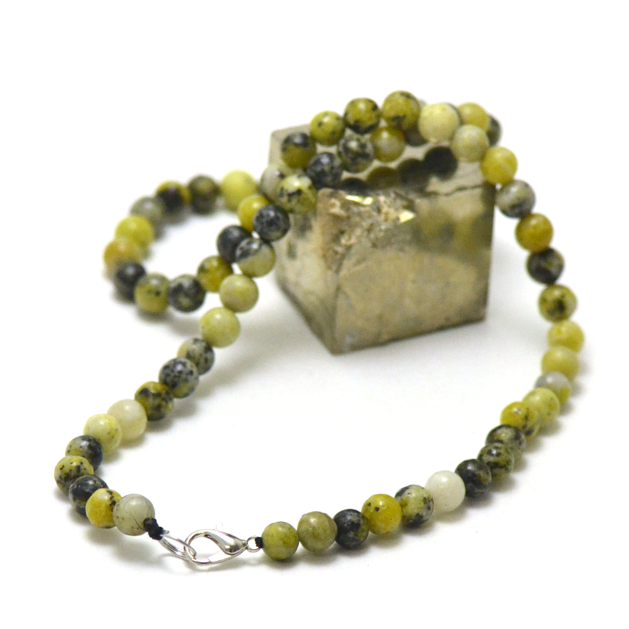 collier chrysoprase citron ronde 6 mm , pierre naturelle