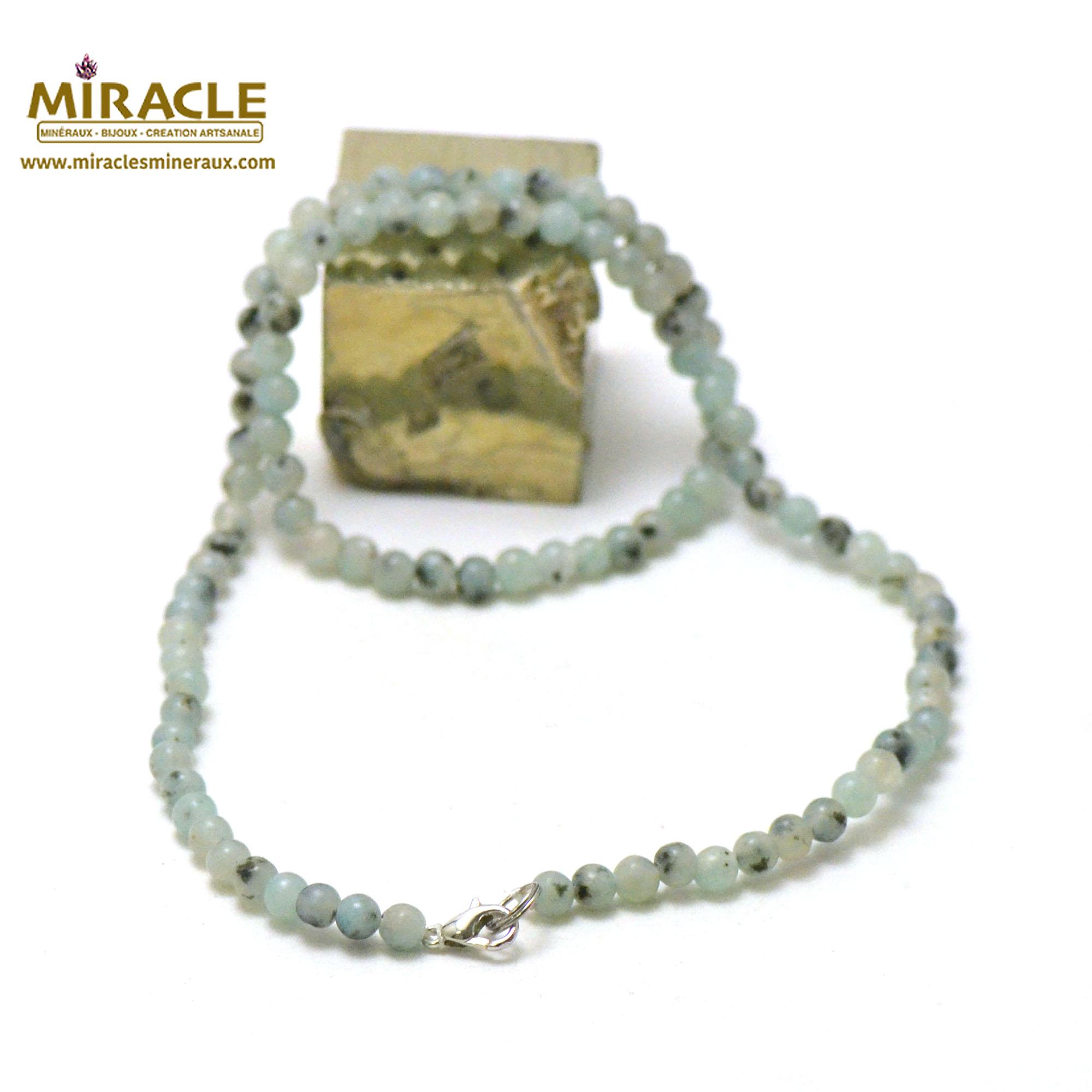 collier Jade néphrite des Andes perle ronde 4 mm