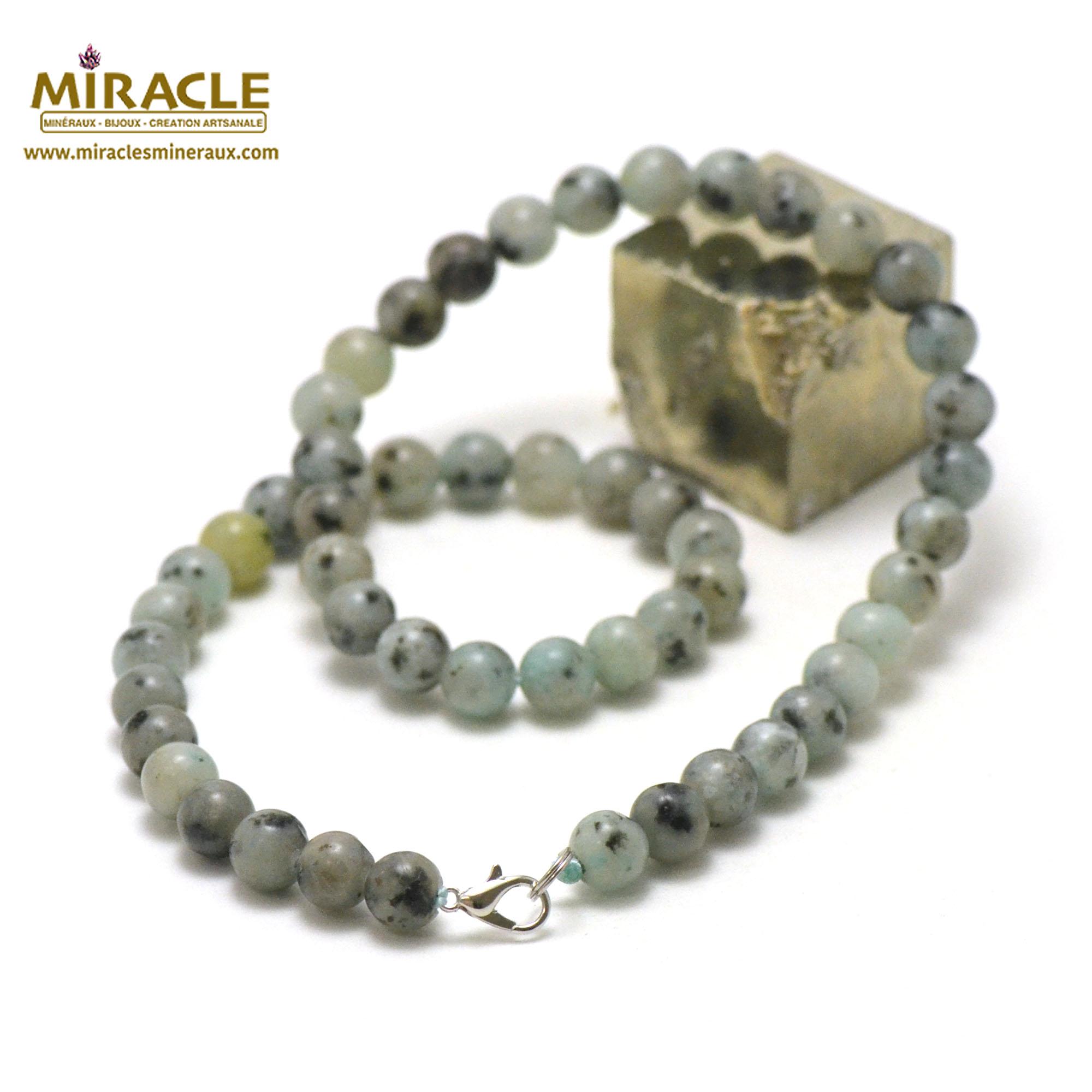 collier Jade néphrite des Andes perle ronde 8 mm