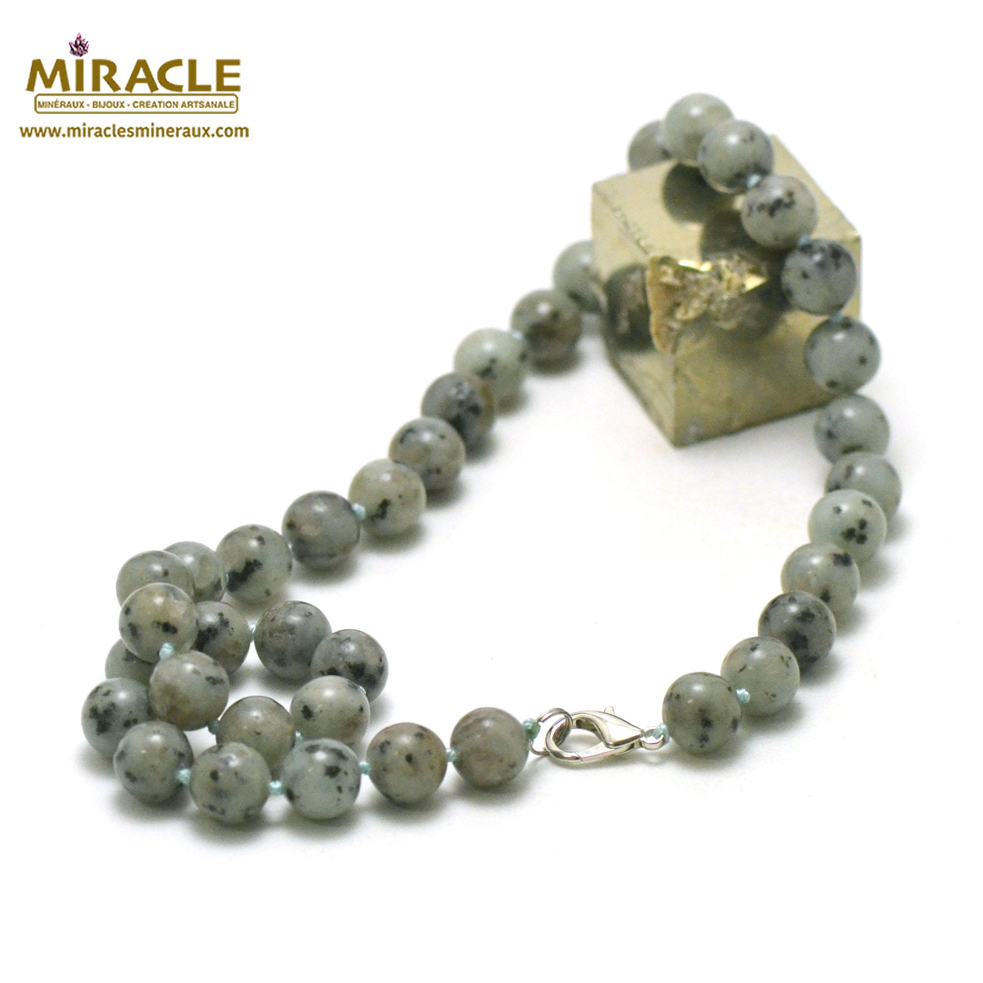 collier Jade néphrite des Andes perle ronde 10 mm