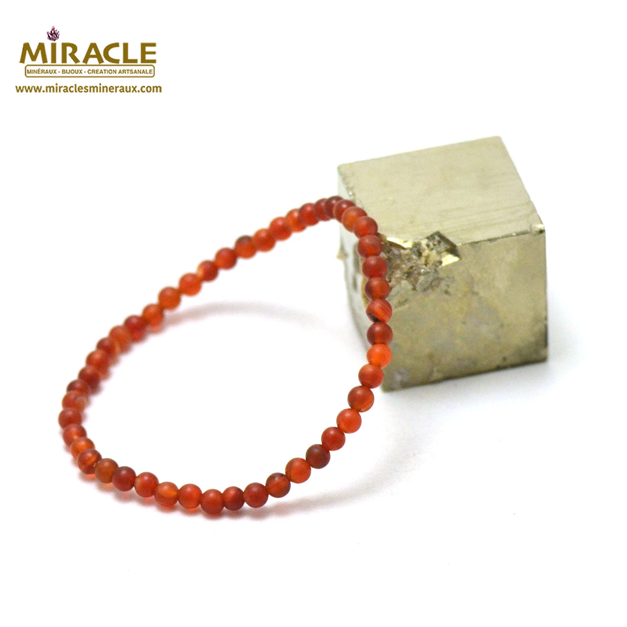 Bracelet cornaline givré perle mat ronde 4 mm