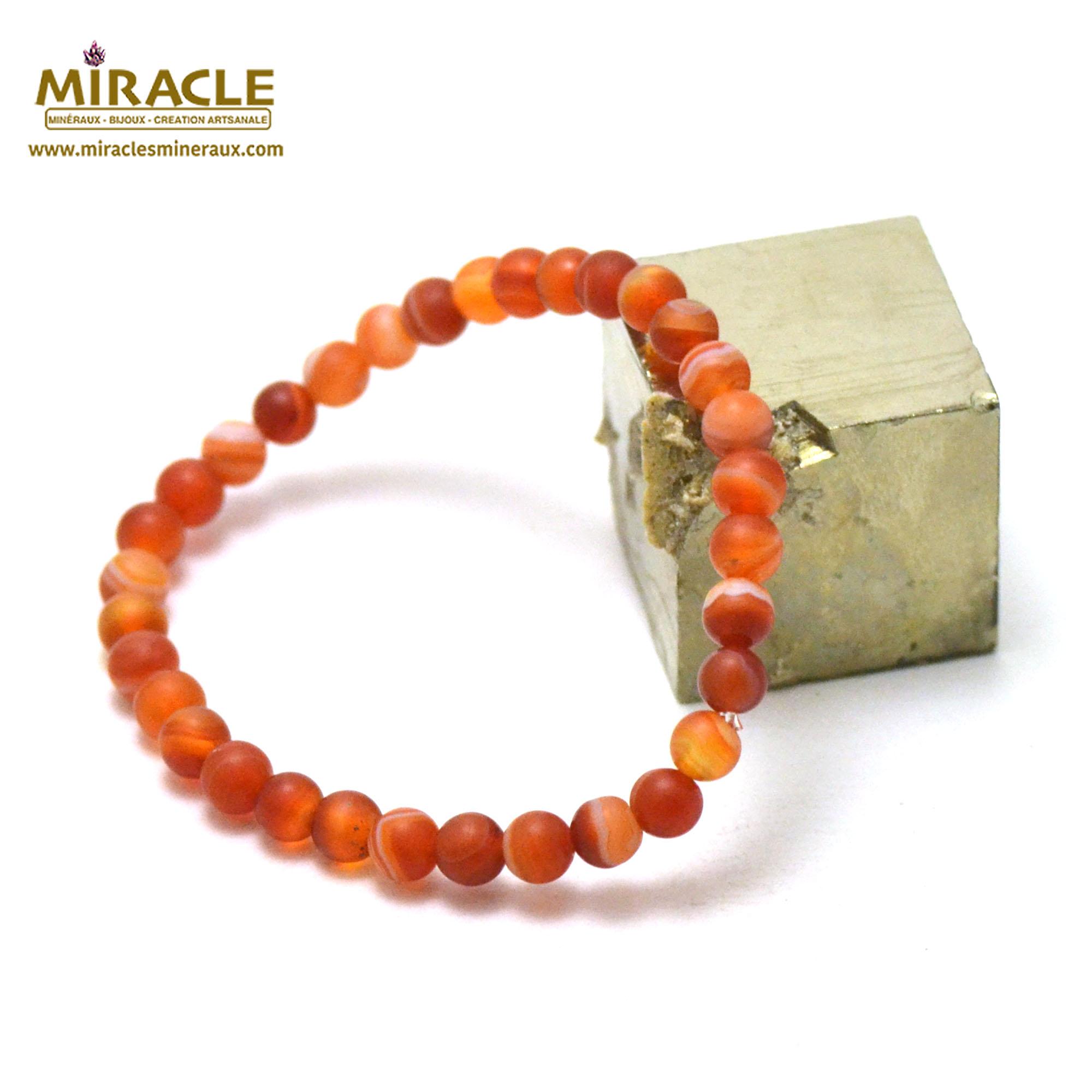 Bracelet cornaline givré perle mat ronde 6 mm