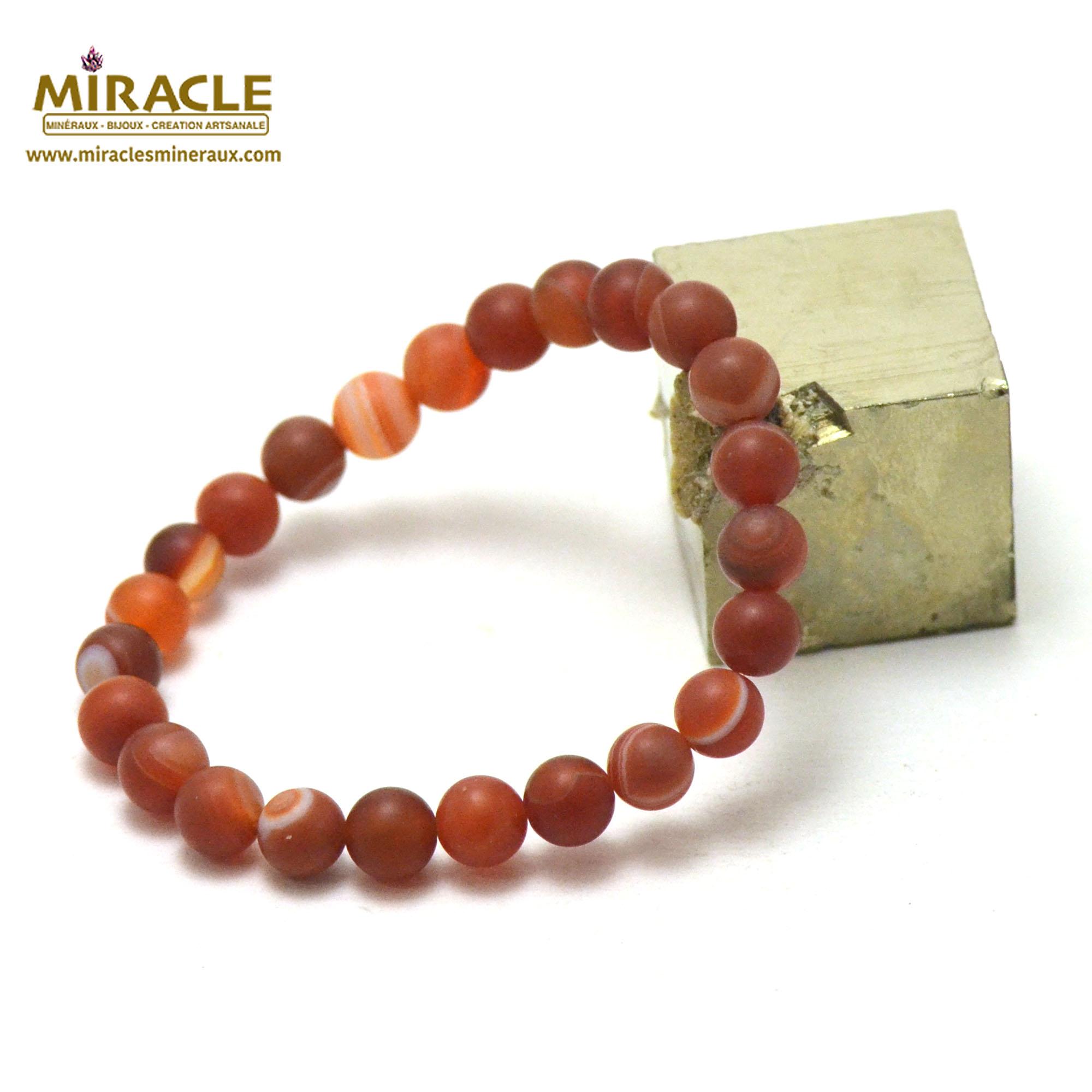 Bracelet cornaline givré perle mat ronde 8 mm