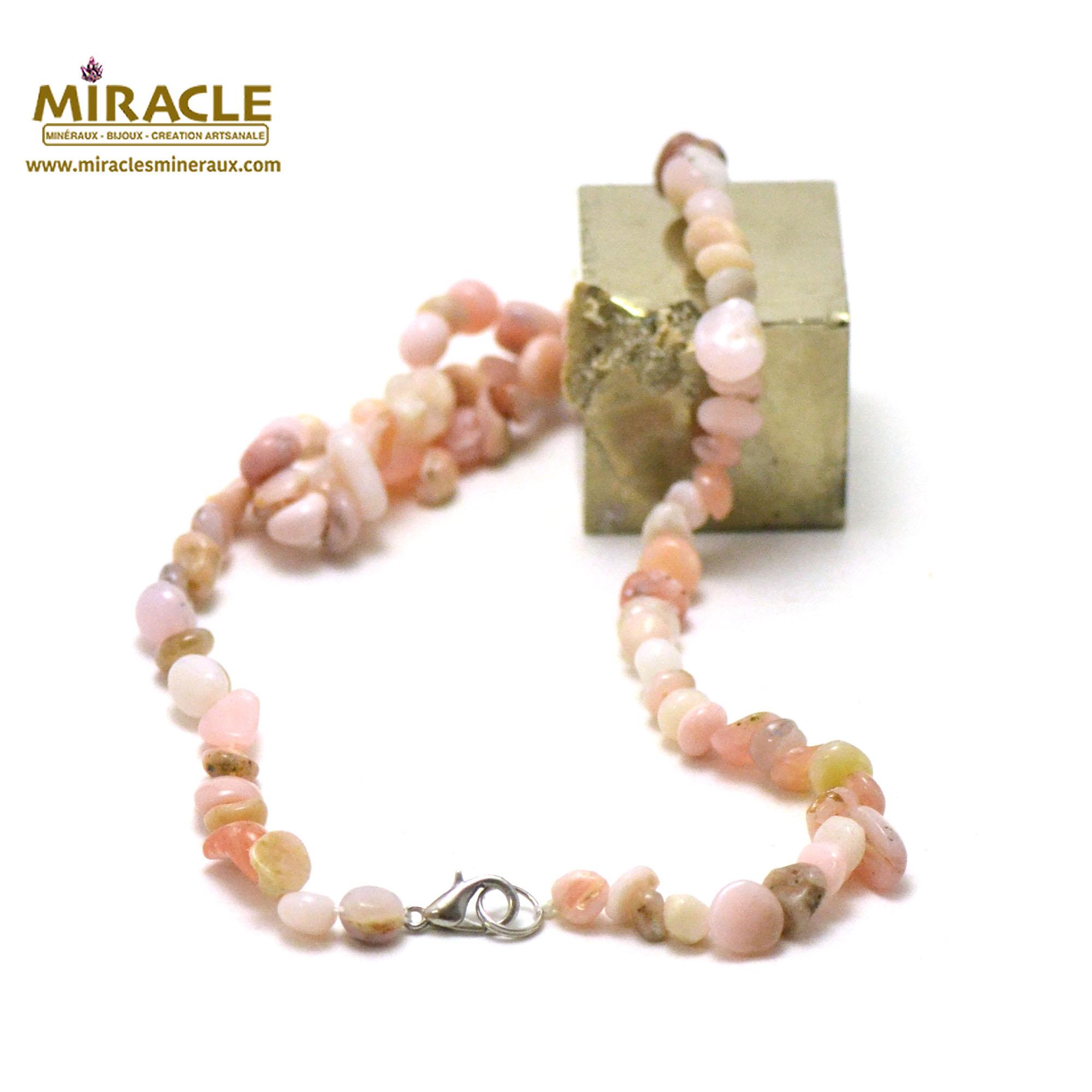 collier opale rose des Andes, perle pierre roulée