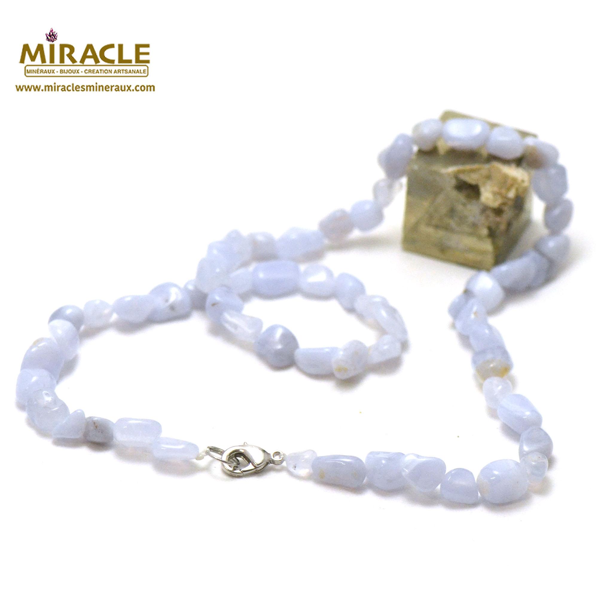 collier calcédoine, perle pierre roulée