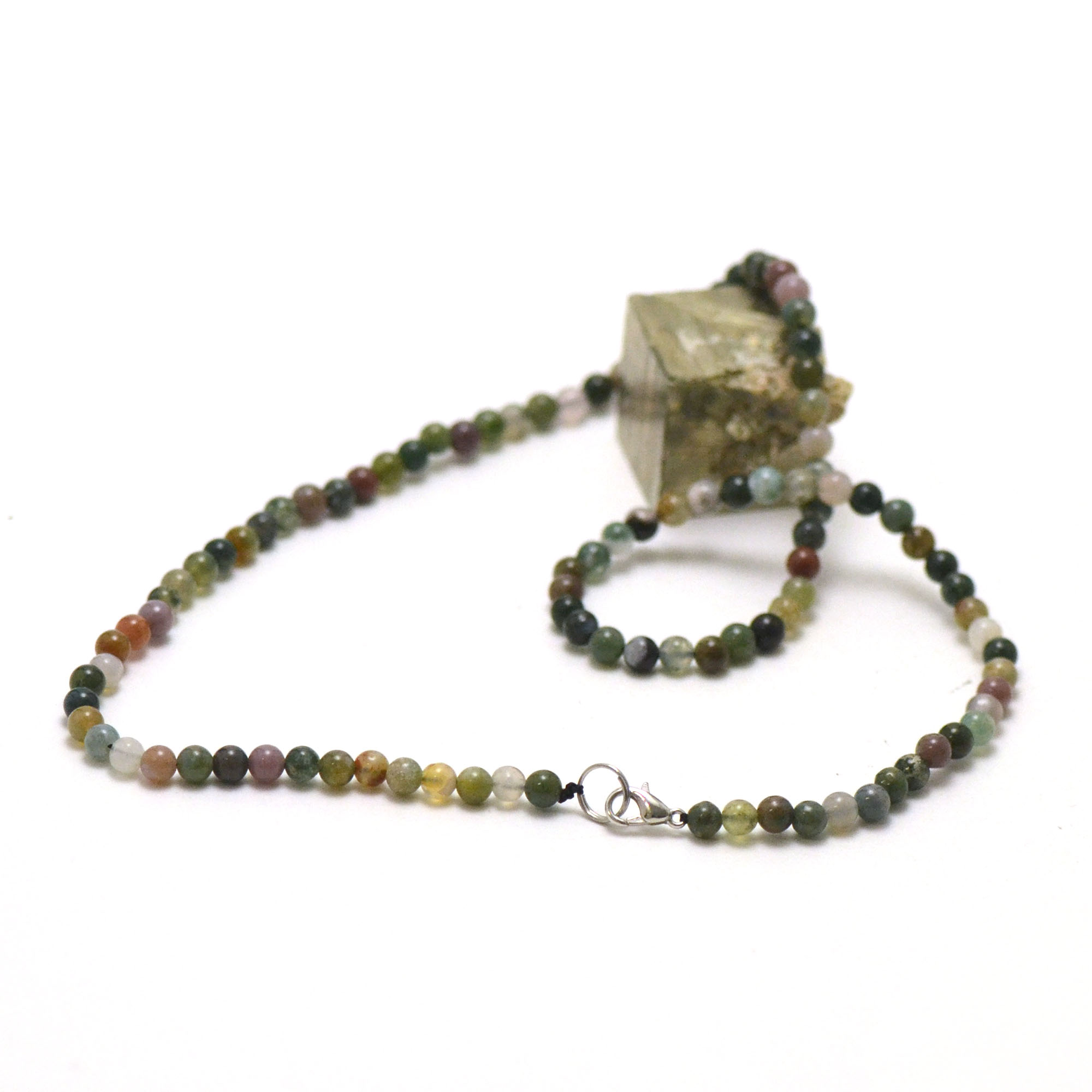 Collier d\'Agate indienne, perle ronde 4 mm
