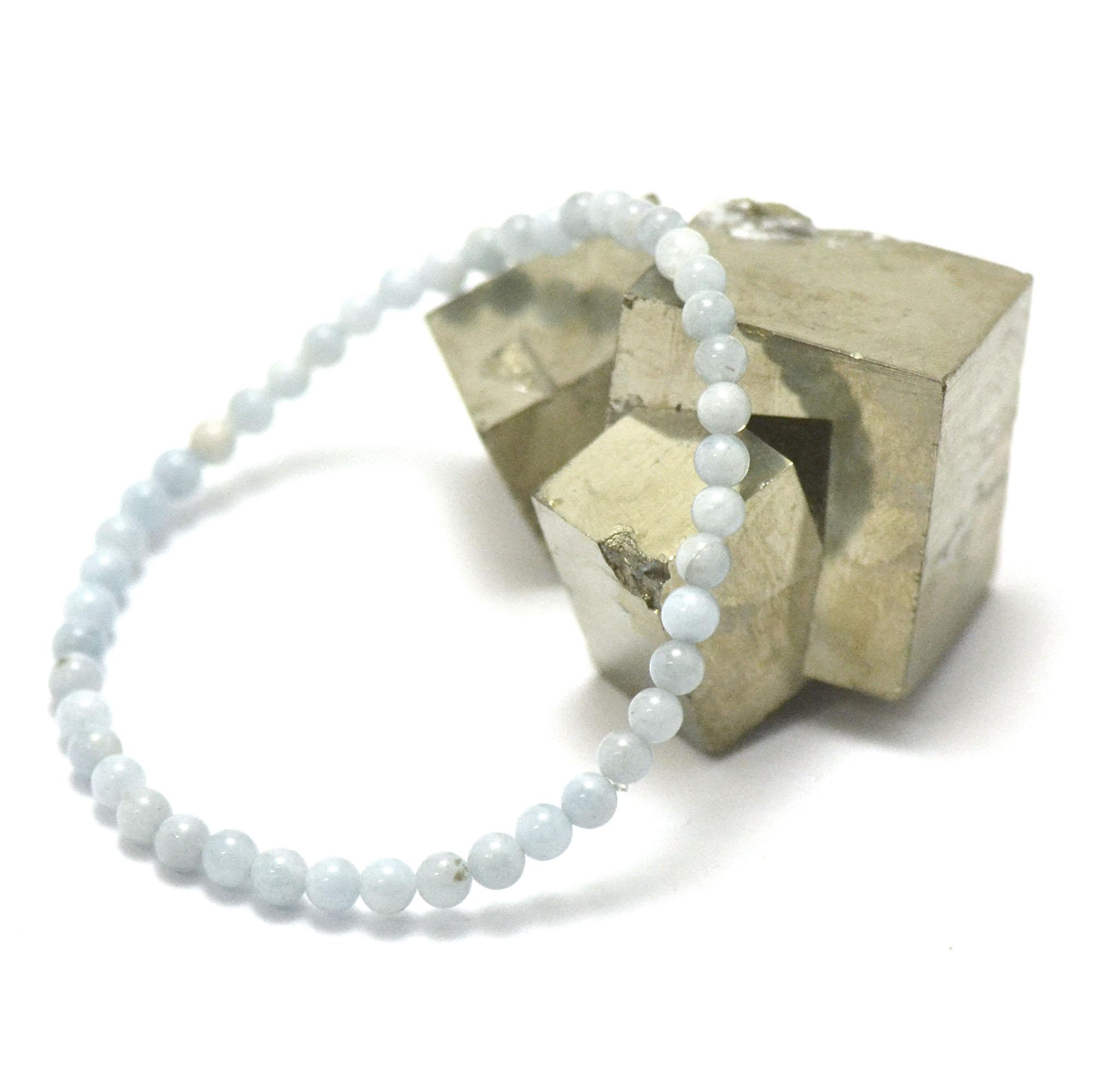 bracelet aigue marine, perle ronde 4 mm