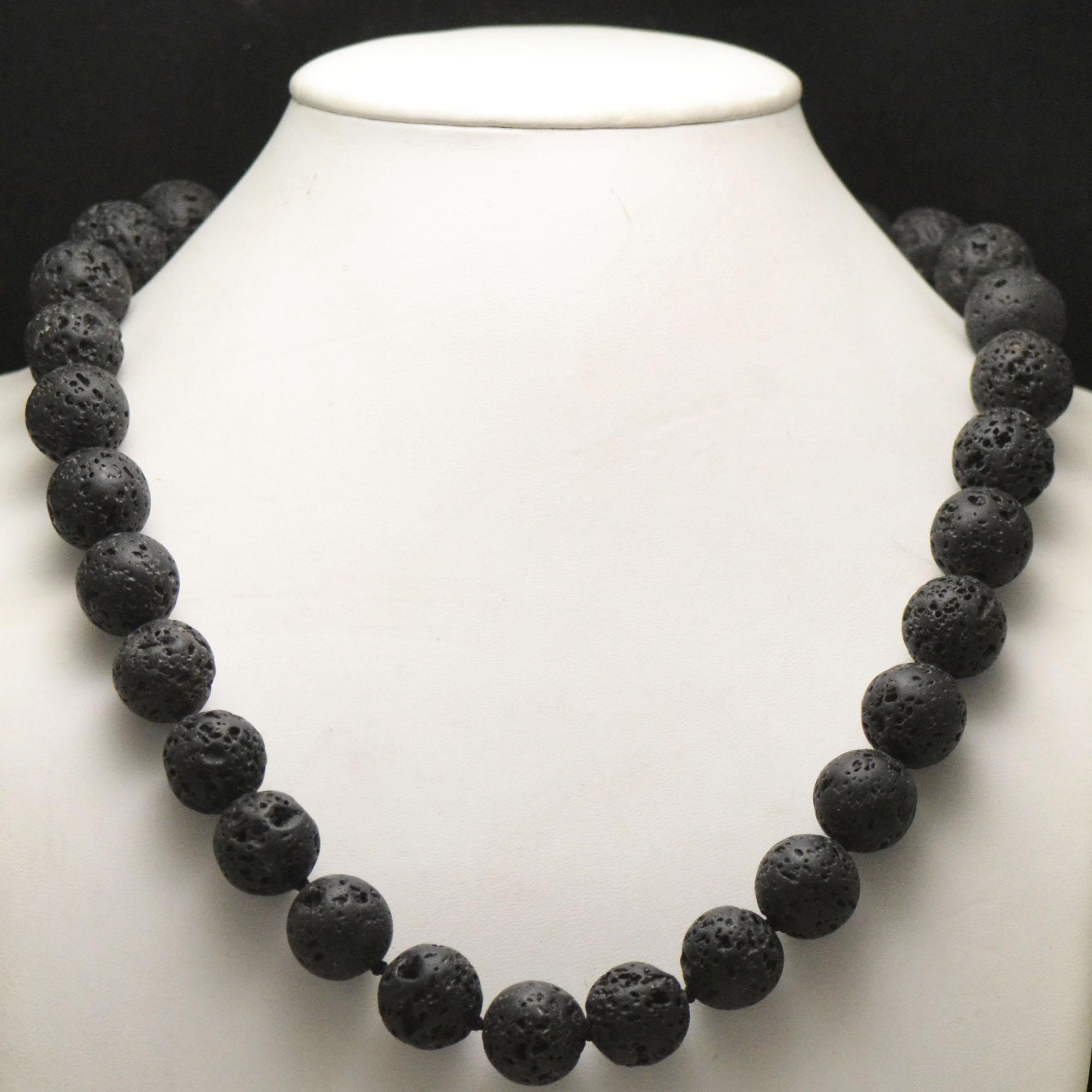 Collier pierre de lave (roche volcanique), perle ronde 16 mm