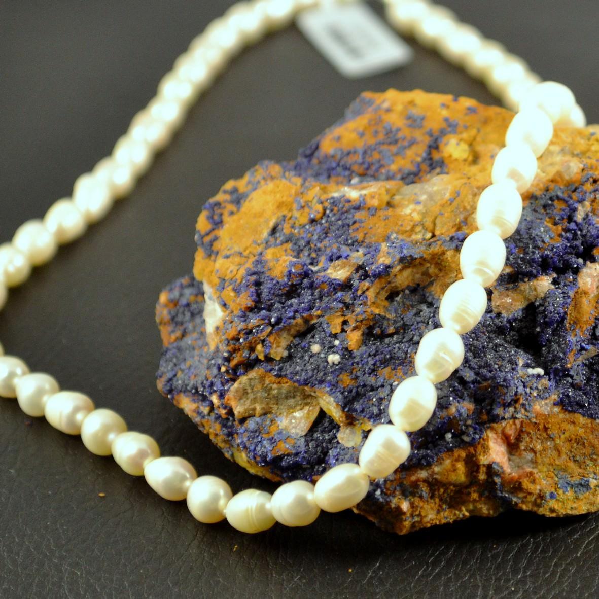 Collier perle d\'eau douce grain de riz blanc