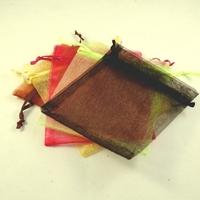 10 pochettes cadeaux taille moyenne en  organza, multicolor uni