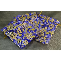 """10 pochettes cadeaux taille moyenne en  organza, bleu électrique """"fleur"""""""