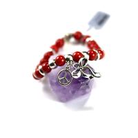 """Bracelet corail / bambou de mer , breloque """" cravate et peace"""""""
