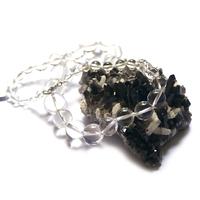 """Collier cristal de roche , """" perle ronde dégradée"""""""