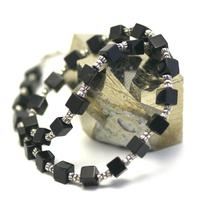 """collier onyx , """" perle petit cube - perle argentée tube"""""""