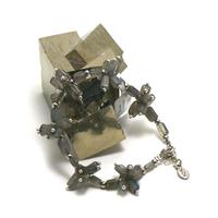 """bracelet labradorite , création """" fleur """""""