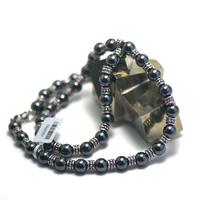 """collier mi-long hématite , """" perle ronde 8 mm - perle argentée"""""""