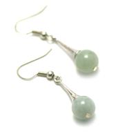 "boucle d'oreille jade , "" lustre - perle ronde 10 mm ,vert clair"""