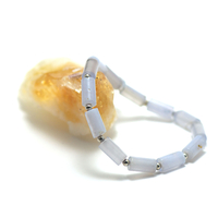 """Bracelet calcédoine bleue , """"perle tube - perle argentée"""""""