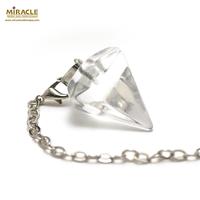 """pendule en cristal de roche """"grande cône facettée"""""""