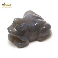 """statuette minéraux """"grenouille"""" en pierre naturelle d'agate grise"""