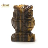 """Magnifique statuette """"chouette"""" en pierre naturelle de oeil du tigre."""
