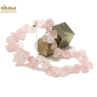 "collier quartz rose, perle ""galet brut"""