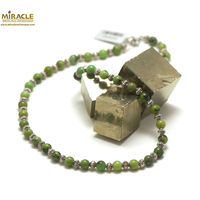 "collier chrysoprase, perle ""ronde 6 mm-perle argentée"""