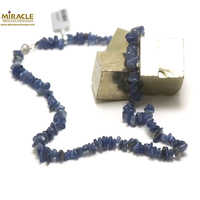 """collier cyanite, perle """"chips"""""""