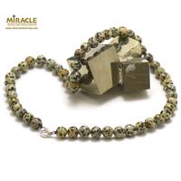 """collier en jaspe dalmatien, perle """"ronde 8 mm"""""""