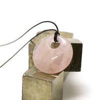 """pendentif/collier quartz rose """"donut décentré 30 mm"""", pierre naturelle"""