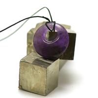 """pendentif/collier améthyste """"donut décentré 30 mm"""", pierre naturelle"""