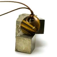 """pendentif/collier oeil de tigre """"donut décentré 30 mm"""", pierre naturelle"""