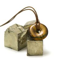 "pendentif/collier oeil de tigre ""donut 30 mm"", pierre naturelle"