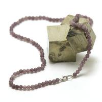 """collier en lépidolite, perle """"ronde 4 mm"""""""